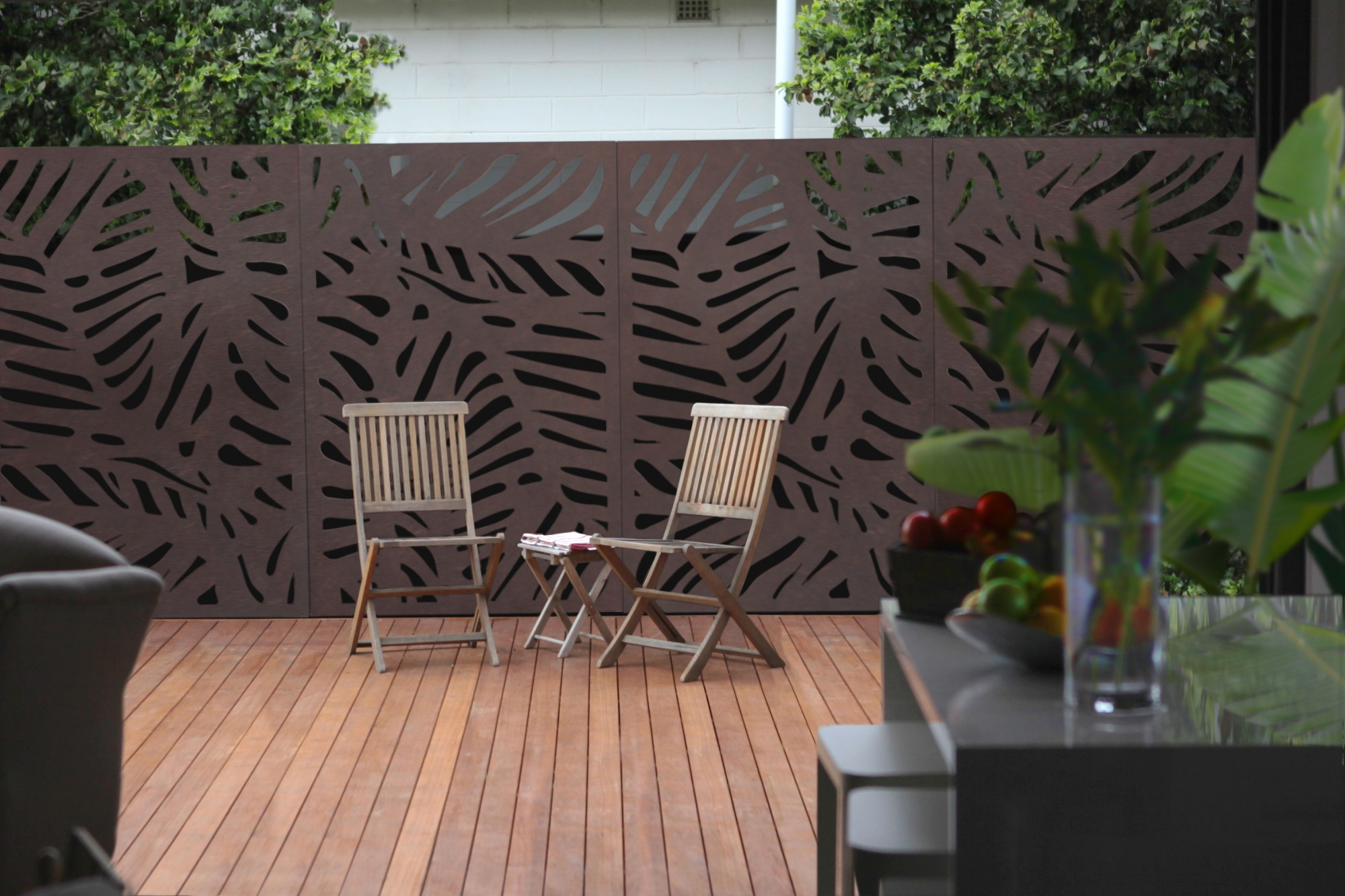 Project gallery outdoor decorative privacy screens examples for Outdoor wood privacy screen